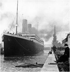 Titanic at the docks (Wikipedia Commons)