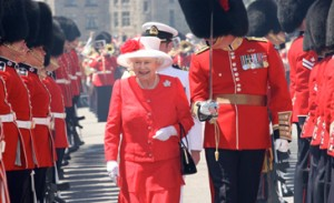 The Queen inspects the Guard of Honour mounted by the Ceremonial Guard on Parliament Hill, July 1, 2010. [This is a copy of an official work that is published by the Government of Canada. The reproduction has not been produced in affiliation with, or with the endorsement of the Government of Canada.]