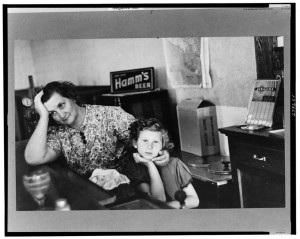 """Mother and daughter in saloon-restaurant, Gemmel, Minnesota. The mother is the proprietor."" August 1937. Library of Congress, Prints & Photographs Division, FSA/OWI Collection, [LC-USF3301-011299-M2]"