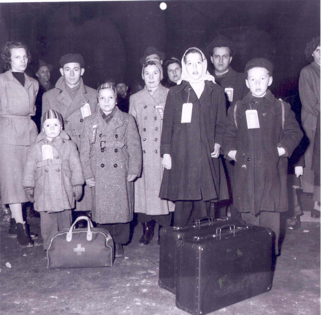 Hungarian Refugees arrive in Canada, 1957. Archives of Ontario. F 1405-19-60, MSR.14500.