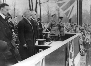 Prime Minister Robert Borden speaking in 1915 – from Wikicommons